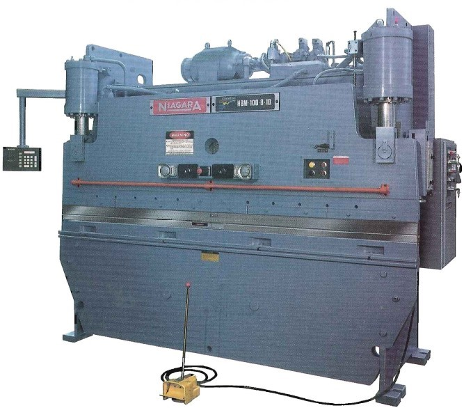 100 ton model with CNC 500 Control and automatic crowning with triple plate bed